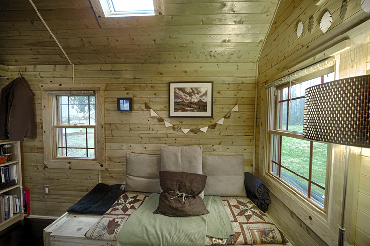 20-cozy-tiny-house-decor-ideas07
