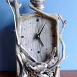 diy-driftwood-projects-wall-clock