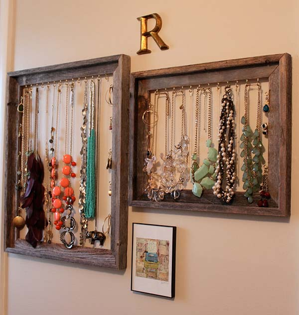 17 diy decoration ideas using picture frames enhance the for Decoration usine vintage