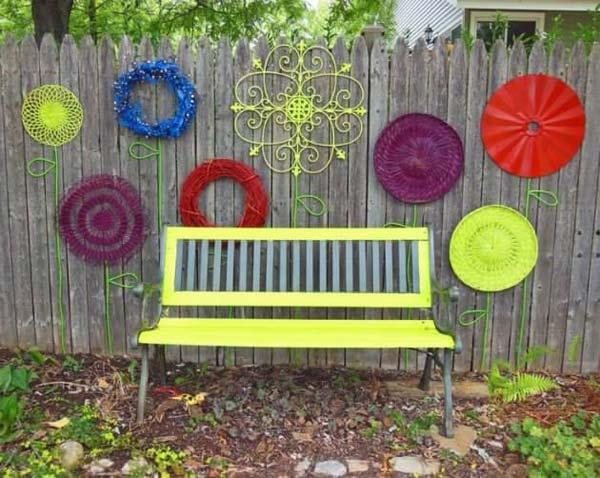 Garden Fence Decoration Ideas